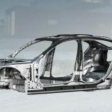 Carrozzeria autorizzata per riparazione BMW serie 7 a Roma Nord.